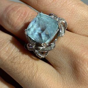 Beautiful aquamarine ring with diamond 💍